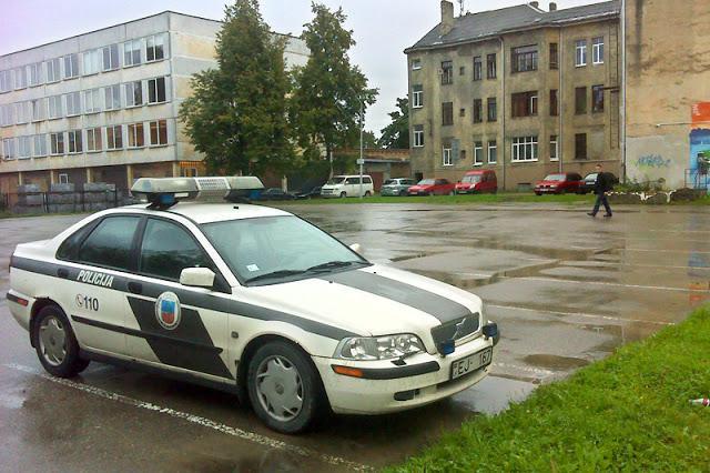 volvo v40 Autors: artursk2008 Policijas pravietošanas līdzeklis Latvija!