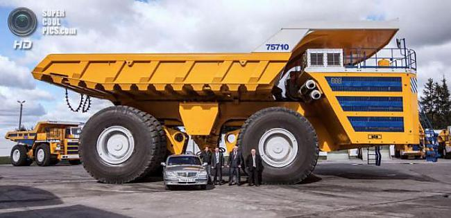 nbsp nbsp Neskatoties uz to... Autors: Mao Meow Belaz 75710 - Lielāka kravas mašīna pasaulē!