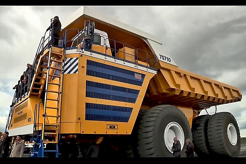 nbsp nbspScaronī mascaronīna... Autors: Mao Meow Belaz 75710 - Lielāka kravas mašīna pasaulē!