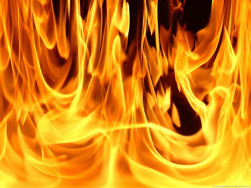 Vakar ugunsgrēkos cieta divi cilvēki