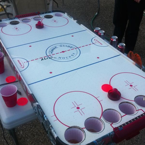 Kanāda  AlkohokejsGamePlay... Autors: 911 12 LABĀKĀS dzeršanas spēles Pasaulē!