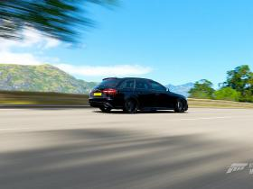 Audi RS4 Black Edition wagon drift